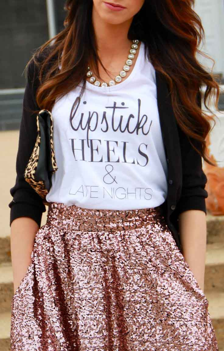 Tank top and sequin skirt/via