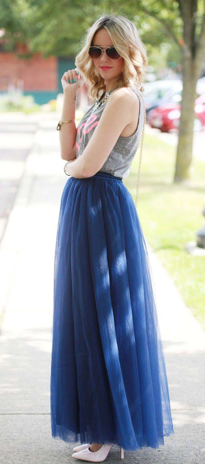 Tank and tulle skirt/via
