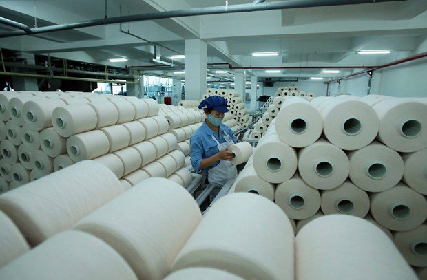 The fibre production line of the Chinese-invested Jasan Textile and Dyeing Vietnam Co. Ltd in Pho Noi B Industrial Park of Hung Yen province (Photo: VNA)